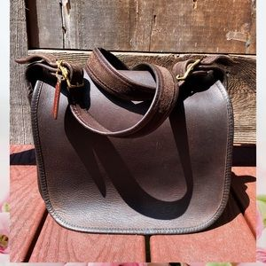 VINTAGE COACH 9170 CLASSIC POUCH BROWN LEATHER BAG